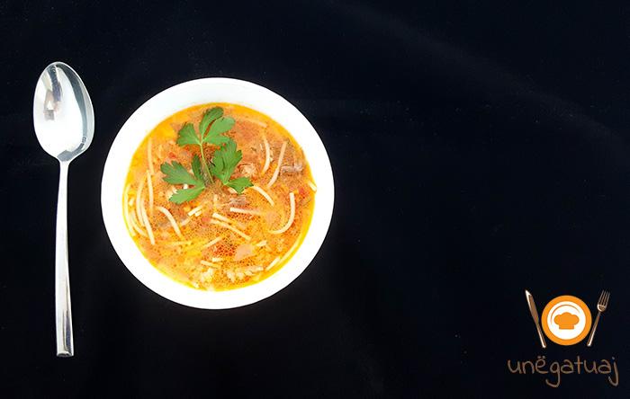 Supë me këmbë viçi